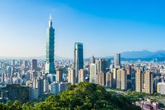 Όμορφες τοπίο και εικονική παράσταση πόλης του Ταιπέι 101 κτήριο και αρχιτεκτονική στην πόλη στοκ φωτογραφία