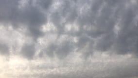 όμορφος μπλε ουρανός σύνν&e ουρανός σύννεφων Ουρανός με το μπλε σύννεφων καιρικής φύσης σύννεφων μπλε ήλιος ουρανού σύννε& φιλμ μικρού μήκους
