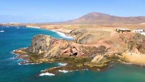 Όμορφο τοπίο της παραλίας Papagayo, Lanzarote, Κανάρια νησιά, Ισπανία, βίντεο μήκους σε πόδηα 4k φιλμ μικρού μήκους