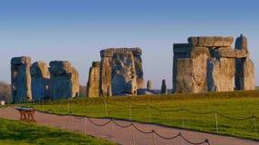 Όμορφο Stonehenge στην Αγγλία στο ηλιοβασίλεμα απόθεμα βίντεο