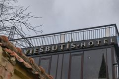Σημάδι ξενοδοχείων Daugirdas σε Kaunas στοκ φωτογραφία με δικαίωμα ελεύθερης χρήσης