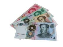 Σημερινά κινεζικά τραπεζογραμμάτια και αρχαία κινεζικά νομίσματα στοκ φωτογραφία