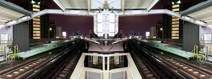 Σκηνή πανοράματος του σιδηροδρομικού σταθμού στοκ εικόνα