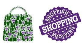 Σύνθεση τσαντών αγορών των μπουκαλιών κρασιού και του σταφυλιού και του γραμματοσήμου Grunge απεικόνιση αποθεμάτων