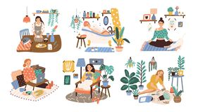 Σύνολο γυναικών που απολαμβάνουν το ελεύθερο χρόνο τους, που εκτελούν τις δραστηριότητες ελεύθερου χρόνου και που κάνουν τα χόμπι ελεύθερη απεικόνιση δικαιώματος