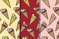 Σύνολο τριών άνευ ραφής σχεδίων με τους κώνους παγωτού σε ένα ύφος στοκ εικόνες