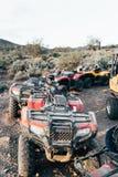 Σταθμευμένο ATVs στην έρημο στοκ φωτογραφία