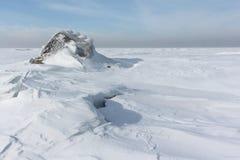 Σπάσιμο του πάγου στον ποταμό, δεξαμενή Ob, Σιβηρία, Ρωσία στοκ εικόνες