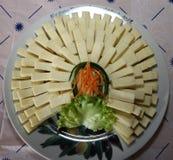 Τεμαχισμένα κομμάτια του σπιτικού τυριού στοκ φωτογραφία με δικαίωμα ελεύθερης χρήσης
