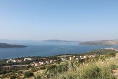 Τοπ άποψη της κροατικής ακτής και των κοντινών νησιών στοκ φωτογραφία με δικαίωμα ελεύθερης χρήσης