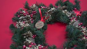 Το αγροτικό επίπεδο στεφανιών Χριστουγέννων βρέθηκε Παραγωγή του στεφανιού στο εργαστήριο απόθεμα βίντεο