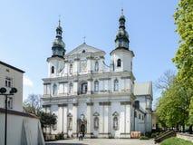 Το εξωτερικό της εκκλησίας του ST Bernardin από τη Σιένα στην Κρακοβία Ο Ρωμαίος - καθολική εκκλησία Bernardin πρόωρο στον μπαρόκ στοκ φωτογραφίες με δικαίωμα ελεύθερης χρήσης