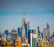 Το Εmpire State Building από τη γέφυρα του Μπρούκλιν στην πόλη της Νέας Υόρκης, Νέα Υόρκη ΗΠΑ στοκ εικόνες με δικαίωμα ελεύθερης χρήσης
