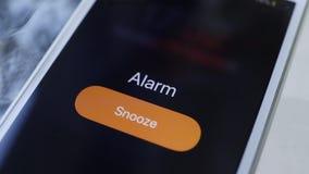Το μεγάλο κουδούνι εξασφαλίζει ξυπνήστε απόθεμα βίντεο