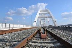 Το νέο Å ½ eÅ ¾ eljev η περισσότερη γέφυρα στο Νόβι Σαντ, Σερβία στοκ εικόνες