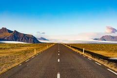 Το τοπίο Ισλανδία Vatnajokull περιφερειακών οδών ΕΙΝΑΙ Ευρώπη στοκ εικόνες