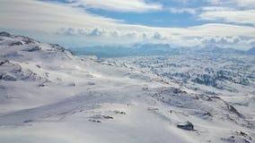 Το χιονώδες Krippenstein τοποθετεί, ορεινός όγκος Dachstein, Obertraun, Αυστρία φιλμ μικρού μήκους