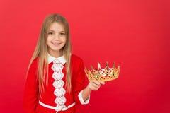Φαντασμαγορία coronation λίγη πριγκήπισσα Λίγο κορίτσι θεάματος Λίγη βασίλισσα ομορφιάς Λατρευτή εκμετάλλευση παιδιών μικρών κορι στοκ φωτογραφία με δικαίωμα ελεύθερης χρήσης
