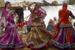 Φυλετικοί χορευτές στο Jaipur, Ινδία στοκ εικόνα