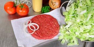 Χάμπουργκερ Patty - γρήγορο φαγητό στοκ φωτογραφία