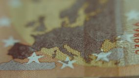 Χάρτης της Ευρώπης στο ευρο- τραπεζογραμμάτιο Κινηματογράφηση σε πρώτο πλάνο των ευρο- χρημάτων εγγράφου σημειώσεων 50 Μακρο άποψ απόθεμα βίντεο