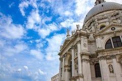 Χαιρετισμός della της Σάντα Μαρία βασιλικών στο ανάχωμα του καναλιού Grande στη Βενετία στοκ εικόνες