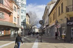 Χαρακτηριστική οδός στο κέντρο της πόλης Haskovo, Βουλγαρία στοκ φωτογραφίες