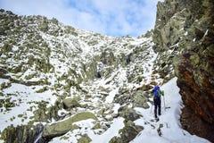 Χιόνι, βουνό, αναρρίχηση και περιπέτεια στοκ εικόνες