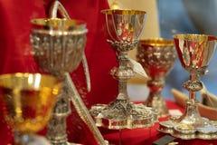 Χρυσά κάλυκες ή goblets στοκ φωτογραφίες
