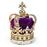 Χρυσή κορώνα τα κοσμήματα που απομονώνονται με στο λευκό Αγγλικό βασιλικό σύμβολο της βρετανικής μοναρχίας στοκ φωτογραφία με δικαίωμα ελεύθερης χρήσης