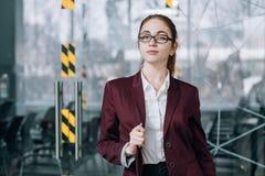 Χώρος εργασίας γραφείων υπαλλήλων επιχείρησης headhunter στοκ φωτογραφία