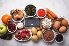 Υγιή τρόφιμα που περιέχουν το ιώδιο Προϊόντα πλούσια σε Ι στοκ φωτογραφίες