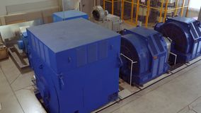 Υψηλής τάσεως ηλεκτρικός κινητήρας σε εγκαταστάσεις κατασκευής Σταθμός υψηλής δύναμης υψηλή τάση απόθεμα βίντεο