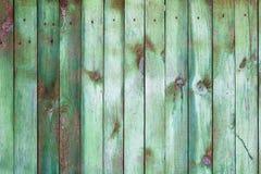 Υπόβαθρο με τον πράσινο ξύλινο φράκτη στοκ εικόνες με δικαίωμα ελεύθερης χρήσης