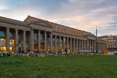 Πάρκο Στουτγάρδη πόλεων με το vie στο κτήριο αποθεμάτων στοκ φωτογραφίες με δικαίωμα ελεύθερης χρήσης