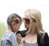 Πίεση Parenting και της πατρότητας στοκ εικόνες