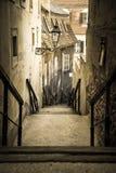 Παλαιά σκαλοπάτια πόλεων, ανώτερη κωμόπολη, Ζάγκρεμπ, Κροατία στοκ εικόνα με δικαίωμα ελεύθερης χρήσης