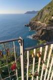 Πανοραμική άποψη της πορείας της αγάπης, Riomaggiore, 5 terre, Λιγυρία, Ιταλία στοκ εικόνες