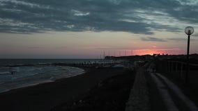 Παραλία το βράδυ απόθεμα βίντεο