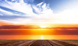Πεζούλι στη θάλασσα στοκ φωτογραφία με δικαίωμα ελεύθερης χρήσης