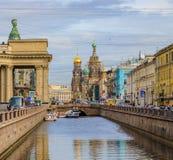 Περίκομψη εκκλησία του Savior στο αίμα ή καθεδρικός ναός της αναζοωγόνησης Χριστού σε Άγιο Πετρούπολη, Ρωσία στοκ φωτογραφία με δικαίωμα ελεύθερης χρήσης