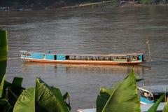 Περπατήστε το ποταμό Μεκόνγκ σε Luang Prabang, Λάος στοκ φωτογραφίες με δικαίωμα ελεύθερης χρήσης