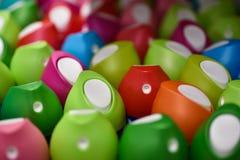 Πολλά αναψυκτικά αέρα στα διαφορετικά χρώματα πέρα από την όψη στοκ εικόνες