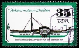 Προσωπικό ατμόπλοιο το 1837, μουσείο κυκλοφορίας της Δρέσδης serie, circa 1977 στοκ εικόνες