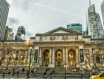 Πρόσοψη δημόσια βιβλιοθήκης της Νέας Υόρκης στοκ φωτογραφία με δικαίωμα ελεύθερης χρήσης