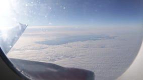 Πτήση με το αεροπλάνο πέρα από τα σύννεφα φιλμ μικρού μήκους