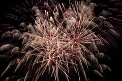 Πυροτεχνήματα στον ουρανό στοκ εικόνες με δικαίωμα ελεύθερης χρήσης