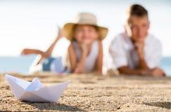 ï» στενή επάνω άποψη ¿ σχετικά με τη βάρκα origami Στοκ Εικόνες