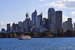 Австралия, NSW, Сидней, распаровщик затвора и горизонт стоковое изображение rf