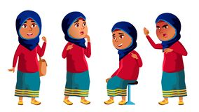 Арабский, мусульманский ребенк девушки представляет установленный вектор Средней школы Ребенок, зрачок Active, утеха, отдых Для з иллюстрация вектора